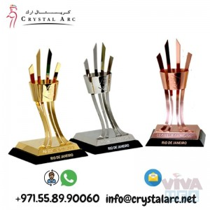 Corporate Crystal Award Supplier for Banks in Dubai