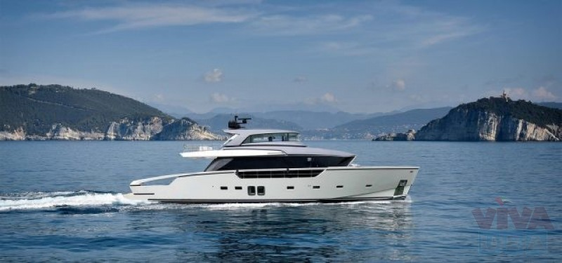 Royal Yachts Provides Luxury Yacht for Rental in Dubai